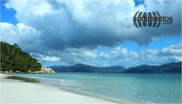 Temporada Verão na Ilha do Campeche em Florianópolis - temporadaverao.com