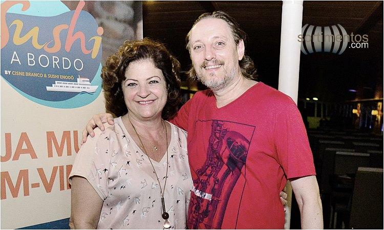 Adriane Hilbig, diretora do Grupo Cisne Branco e Fábio Juchen, editor do site Temporada Verão